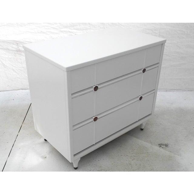 Kroehler Mid-Century White Lacquer Dresser - Image 3 of 10