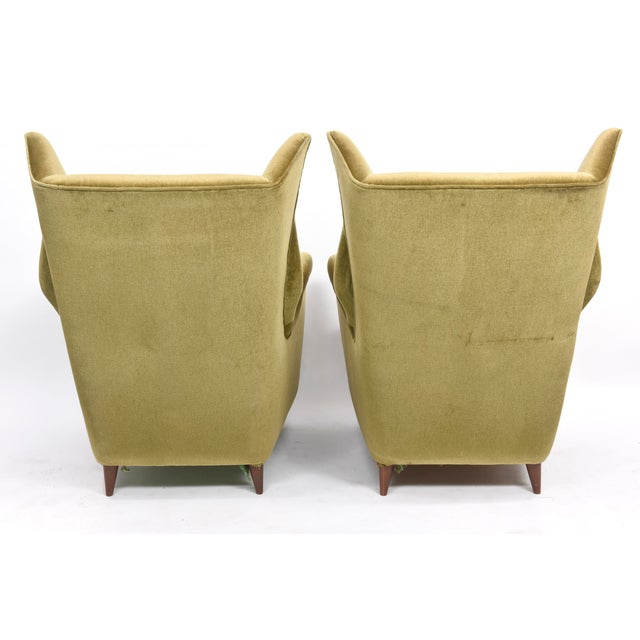 Large and Imposing Pair of Italian Modern Lounge Chairs in Gio Ponti Style For Sale In Miami - Image 6 of 11