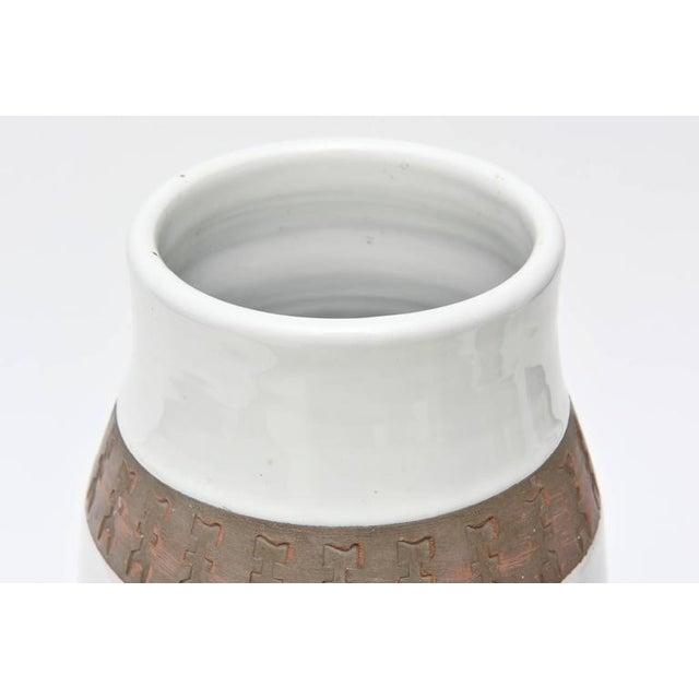 Ceramic Italian Rare Aldo Londi Bitossii Ceramic Vase or Sculpture For Sale - Image 7 of 9