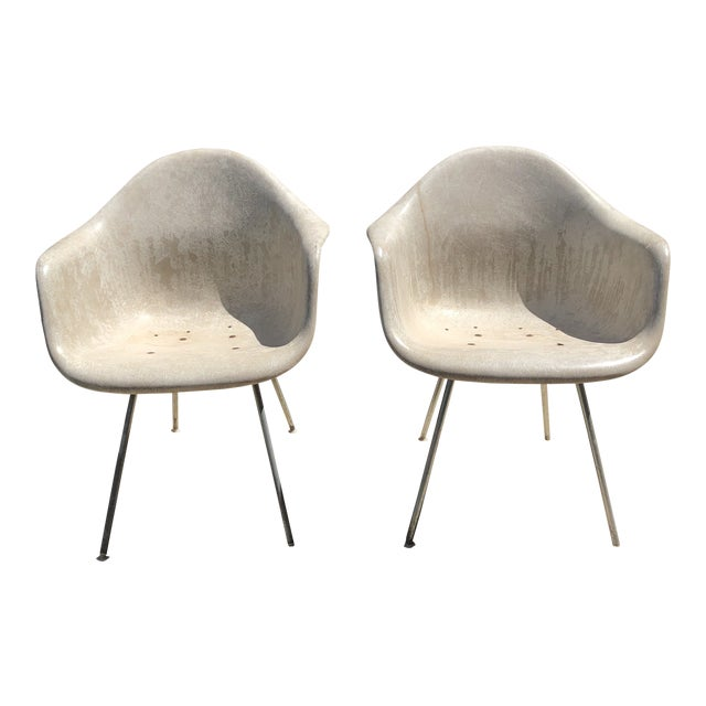 Vintage Eames for Herman Miller Shell Chairs - a Pair For Sale