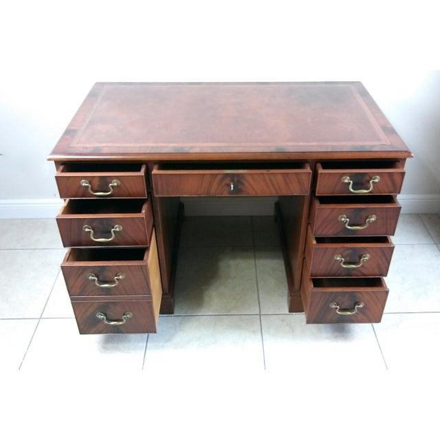 Vintage Sligh Lowry Leather Top Knee Hole Desk Image 5 Of 11