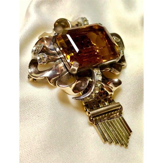 1940s Kreisler Gold Plated Sterling & Topaz Glass Tassel Brooch, 1940s For Sale - Image 5 of 7