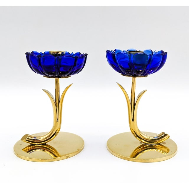 1950s Mid-Century Swedish Gunnar Ander for Ystad-Metall Cobalt Blue Glass Flower & Brass Candleholders - a Pair For Sale - Image 12 of 12