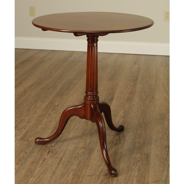 Traditional Biggs Thomas Jefferson Round Mahogany Tilt Top Candlestand For Sale - Image 3 of 13