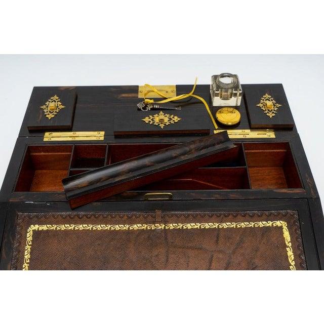 1880s Edwardian Brass & Wood Traveling Lap Desk with Original Key For Sale - Image 10 of 13