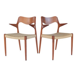 Vintage Mid Century Niels Møller Dining Chairs - Moller Model 55 Dining Armchairs- a Pair For Sale