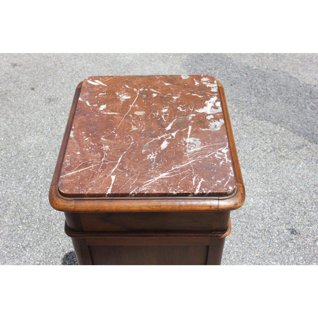 Marble 1900s French Louis XV Solid Walnut Nightstand For Sale - Image 7 of 13