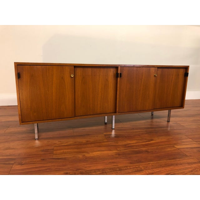 Florence Knoll Vintage Walnut 4 Position Credenza - Circa 1960s For Sale - Image 11 of 11
