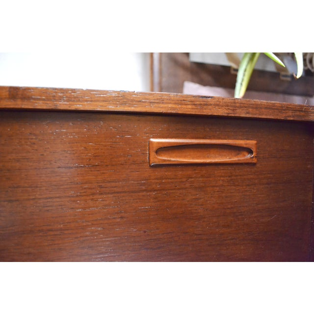 Brown Danish Modern Rosewood Credenza by Poul M Jessen for Pmj Viby For Sale - Image 8 of 13