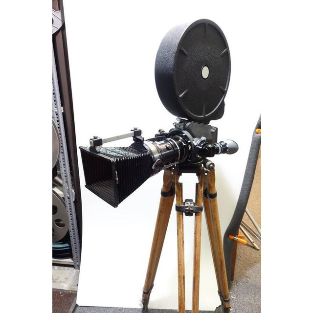 1960s Rare Cinema Camera Circa 1960s. Arriflex 16BL Complete. Display As Sculpture. For Sale - Image 5 of 8