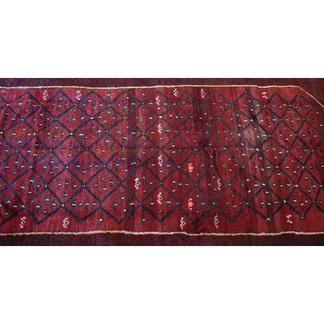 Hand-tied Persian Kolia rug. This Persian Kolia rug has been made in the city of Kolia. Made with 100% natural wool and...