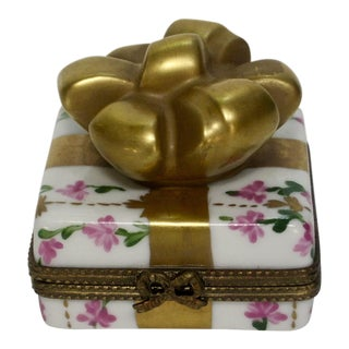 Limoges France Hand Painted Chintz Trinket Bow Box For Sale