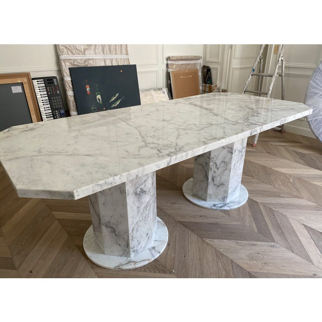 Custom-made Dining table in Italian arabescato marble Length 220cm Width 100cm Height 76 cm Thickness 4cm 2 circular bases...