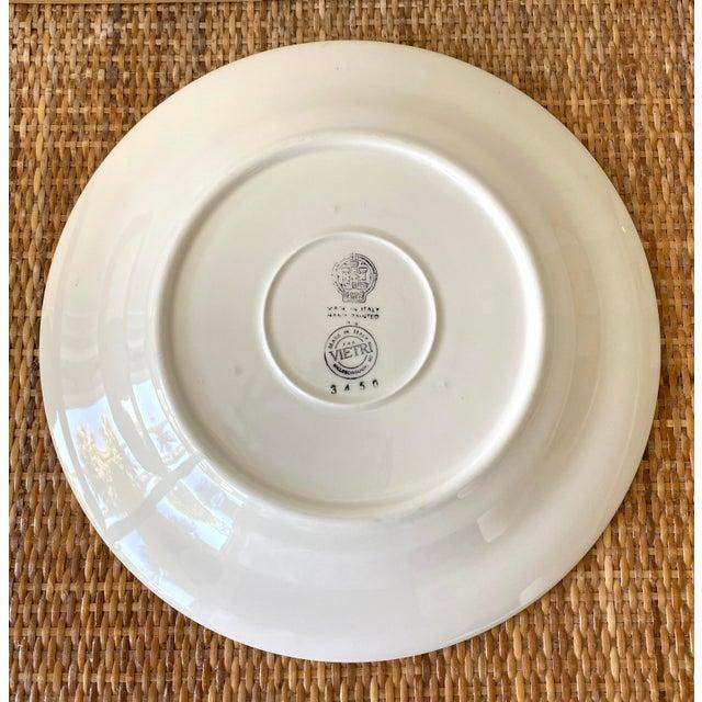 Este Ceramiche Vietri Green Laurel Rim Dinner Plates - Set of 7 For Sale - Image 9 of 10