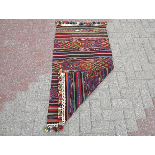 "Vintage Turkish Kilim Rug-2'2'x4'2"" For Sale - Image 12 of 13"