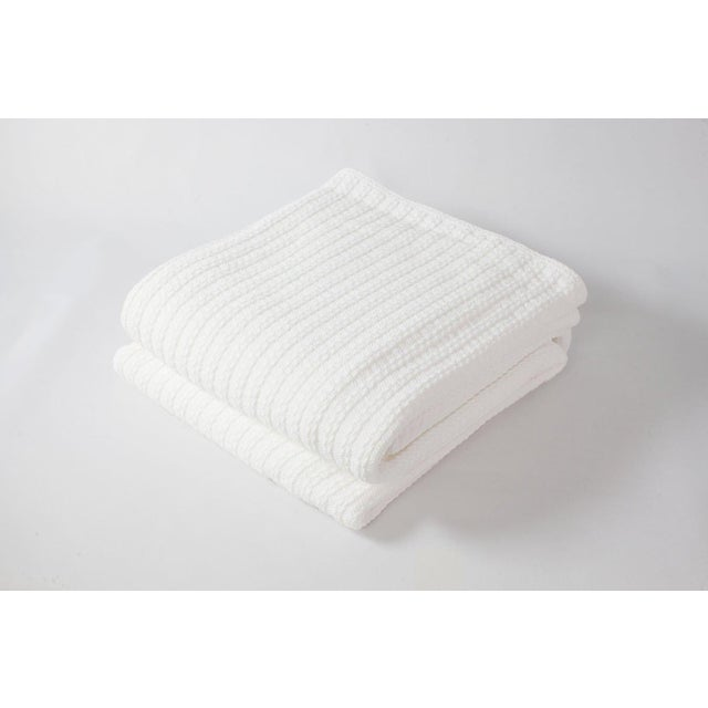2010s Contemporary Full/Queen Bright White Cable Knit Blanket For Sale - Image 5 of 5