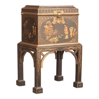 Charming Chinoiserie Painted Box on a Stand For Sale