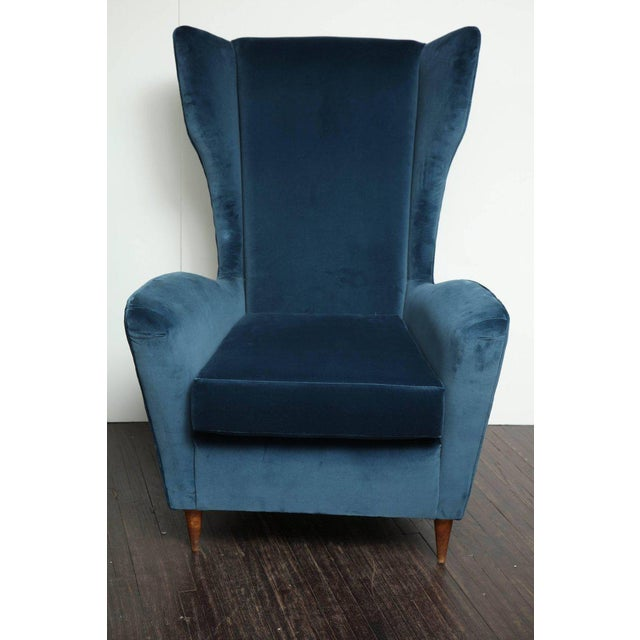 Excellent Vintage Italian Modern Wingback Chairs In Blue Velvet Decaso