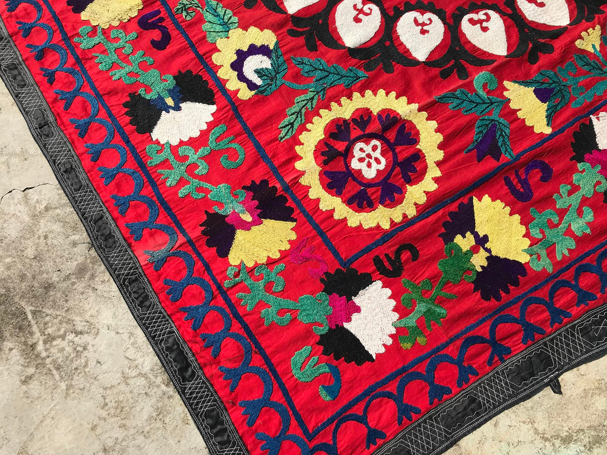 Red Vintage Handmade Suzani Tablecloth Square Bedspread For Sale   Image 8  Of 9