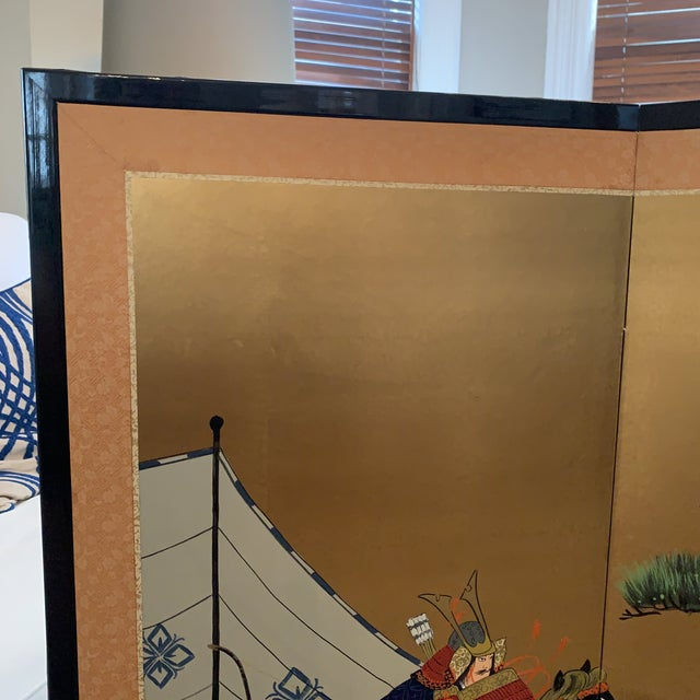 Metal Vintage Japanese Gold-Leaf Byobu 4 Panel Folding Screen with Three Samurai on Horseback and Pines For Sale - Image 7 of 13