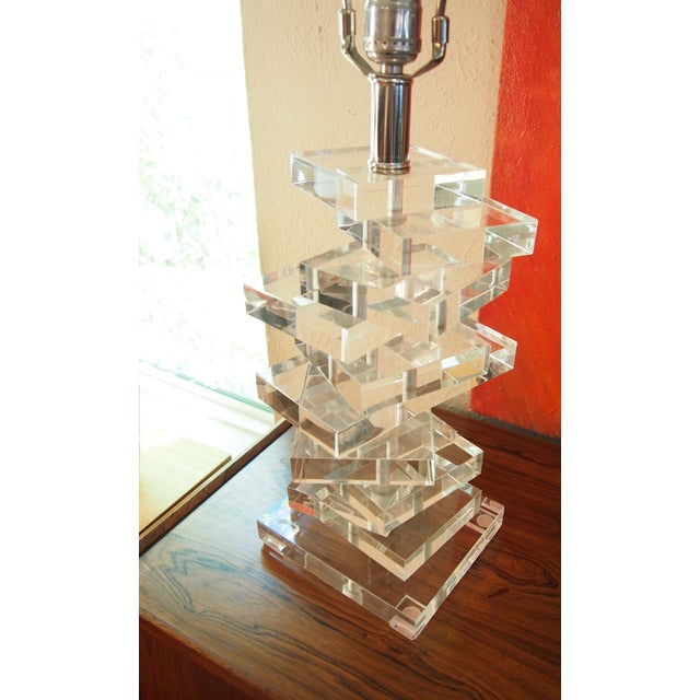 Clearlite by Bauer Stacked Lucite Lamps- A Pair For Sale - Image 4 of 6