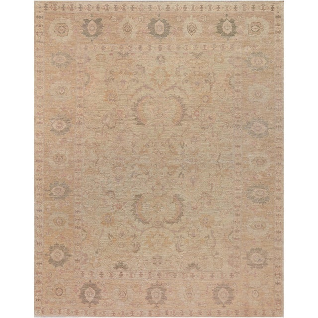A beautiful brand new Agra from Pakistan. This decorative rug demonstrates a masterful color combination and a distinctive...
