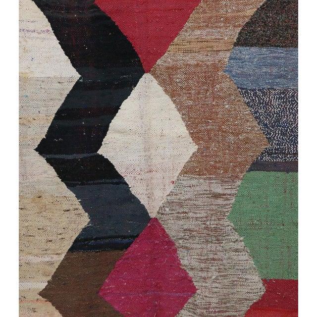 "Boho Chic Kilim Boucherouite Moroccan Kilim, 4'4"" X 7'3"" Feet For Sale - Image 3 of 6"