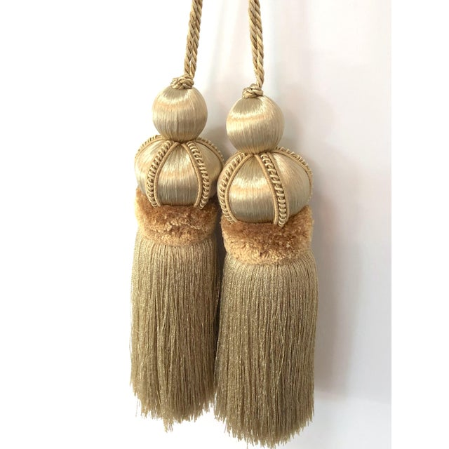 Gold Key Tassels With Cut Velvet Ruche- a Pair For Sale - Image 4 of 11
