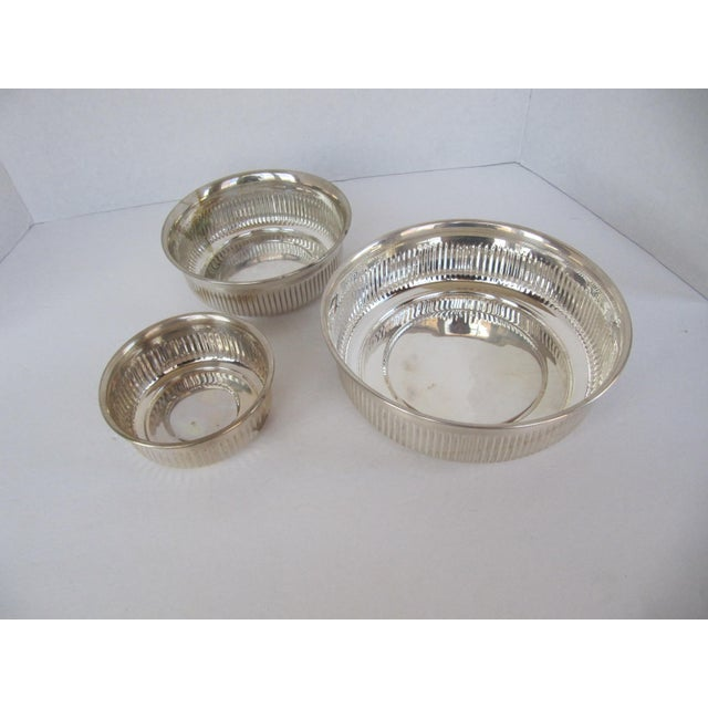English Traditional Silverplate Serving Bowls - 3 Pieces For Sale - Image 3 of 5
