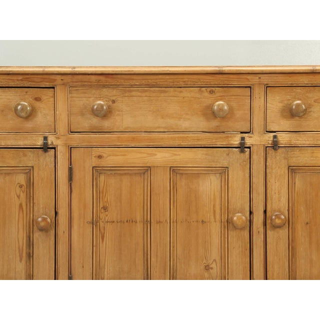 Antique English Pine Buffet/Sideboard or Dresser Base Circa 1900 For Sale In Chicago - Image 6 of 10