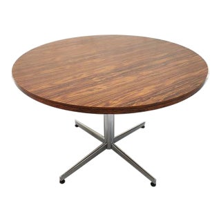 Vintage Mid-Century Modern Round Dining Table With Chrome Pedestal Base For Sale