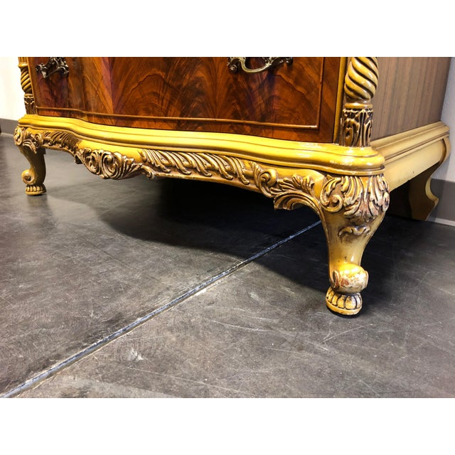 Vintage French Provincial Louis XV Style Inlaid Mahogany Chest on Chest For Sale In Charlotte - Image 6 of 13