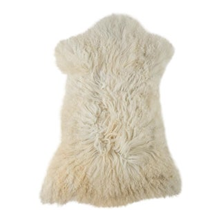 """Contemporary Hand-Tanned Sheepskin Pelt - 2'0""""x3'0"""" For Sale"""
