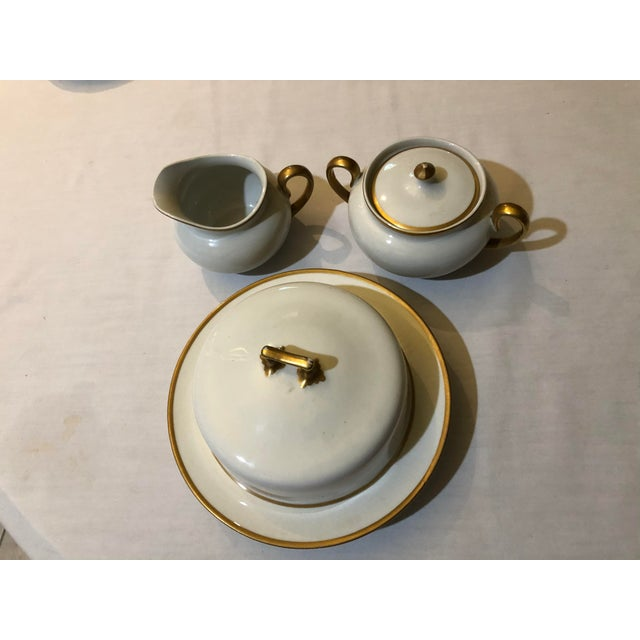18th Century 18th Century W. H. Grindley & Co Chine Marengo Pattern White Gold Trim Dinnerware - 83 Pieces For Sale - Image 5 of 13