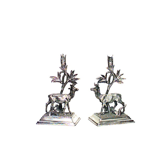 Traditional Pair of 19th Century English Elevated Crystal and Silver Plated Vases For Sale - Image 3 of 3