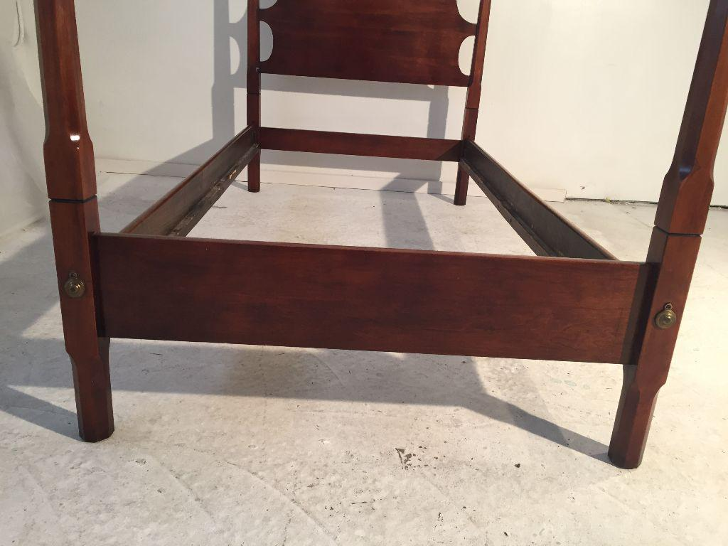 Vintage Old Towne Solid Cherry Twin Poster Bed
