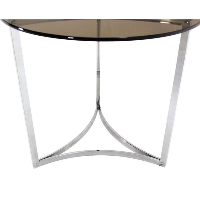 Mid-Century Modern Triangular Bent Chrome Ribbon Base Smoked Glass Top Side End Table For Sale - Image 3 of 6