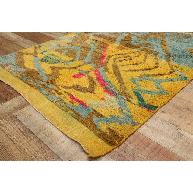 Contemporary Berber Moroccan Rug - 03'06 X 04'10 For Sale In Dallas - Image 6 of 10