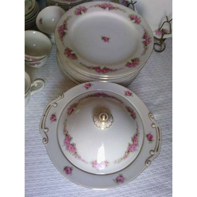 Orion Fine China Dinnerware Set - 89 Pieces - Image 7 of 11