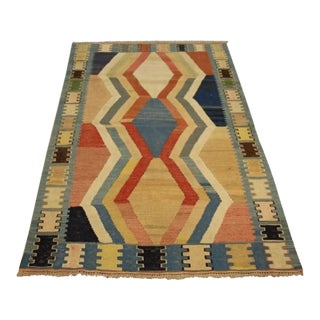 1950s Vintage Kilim Flat-Woven Rug - 3′2″ × 5′ For Sale