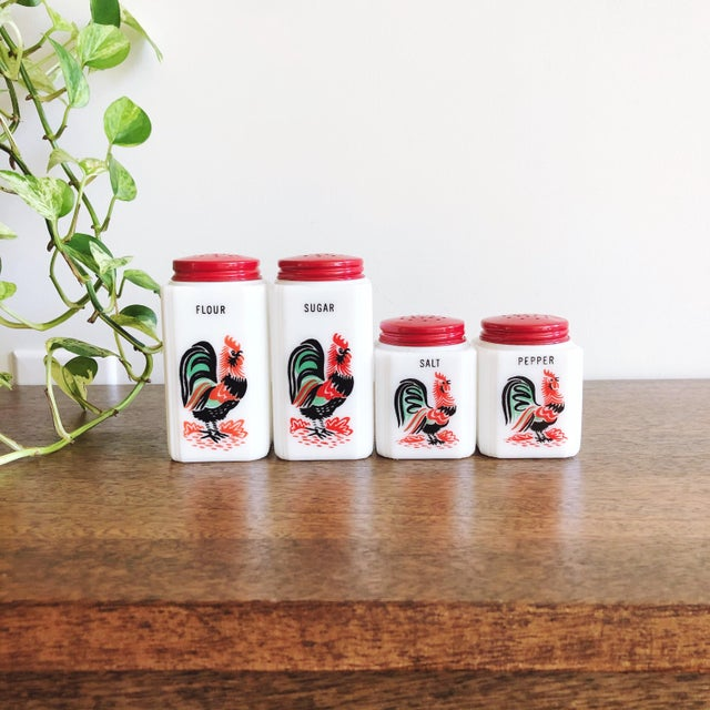 Vintage Tipp City Roosters Shakers Set: Salt, Pepper, Flour, and Sugar - Set of 4 For Sale In Austin - Image 6 of 6
