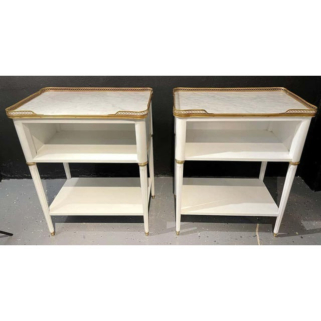 White Pair of Swedish Neoclassical Open Nightstands or End Tables Manner Jansen For Sale - Image 8 of 13