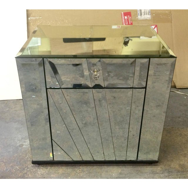 Mid-Century Modern Ello Mirrored Nightstands Side Tables - Pair For Sale - Image 3 of 6