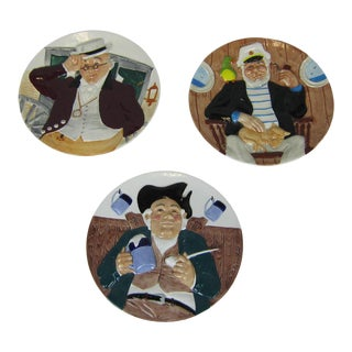 Davenport 3D Collectible Plates - Set of 3 For Sale