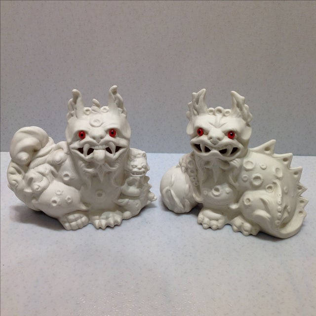 Asian 1960s White Porcelain Foo Dogs - A Pair For Sale - Image 3 of 11