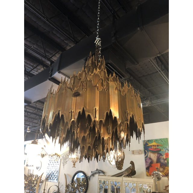 1960s Vintage Tom Greene for Feldman Brutalist Torch Cut Brass 7 Tier Chandelier For Sale - Image 5 of 11