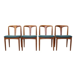 1960s Johannes Andersen Sculpted Teakwood Juliane Dining Chairs - Set of 4 For Sale