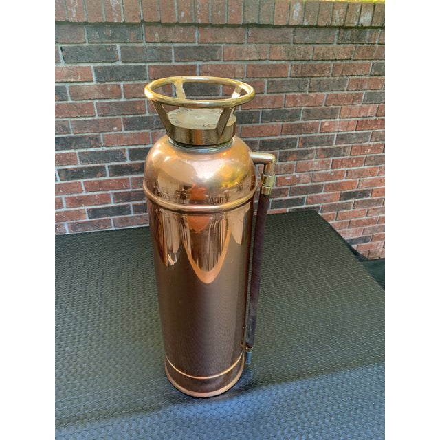 Art Deco Fyr-Fyter Co. Dayton, Ohio Copper and Brass Full Size Fire Extinguisher For Sale - Image 3 of 13