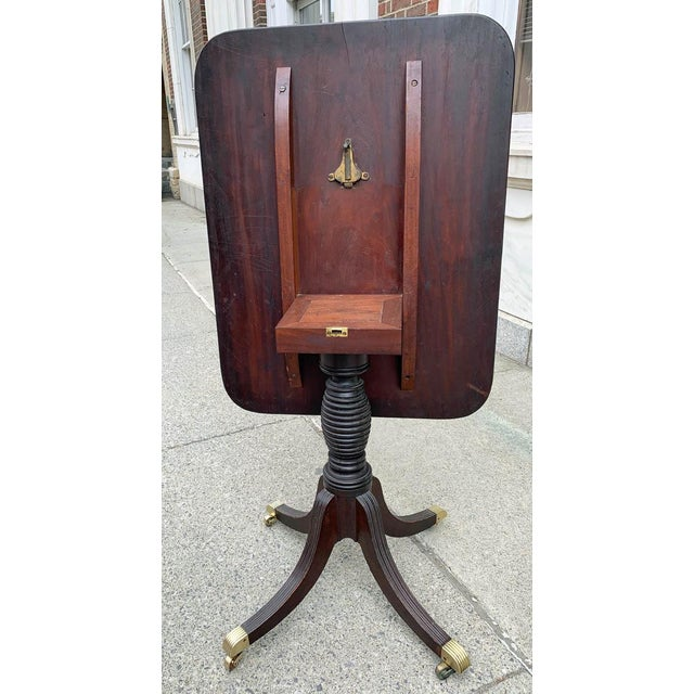 Late 18th- Early 19th Century Mahogany Tilt Top Table For Sale In New York - Image 6 of 10