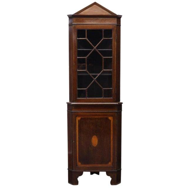 19th Century English Traditional Mahogany Corner Cupboard For Sale